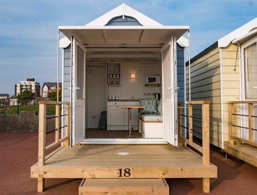 St Annes Beach hut Rental